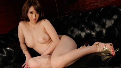 Horny Megumi Shino takes a japanese cum shot after toy sex