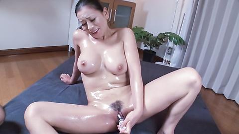 Japanese mature horny solo fuck with big toy Uncensored