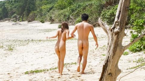 Japanese wife enjoys sex jav hard on the beach with her husband
