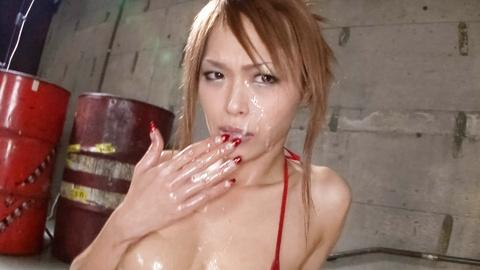 Sexy Rina gets cumming her facial for bukkake jav porn HD