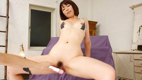 Izumi Manaka getting cum with Hitachi sextoys