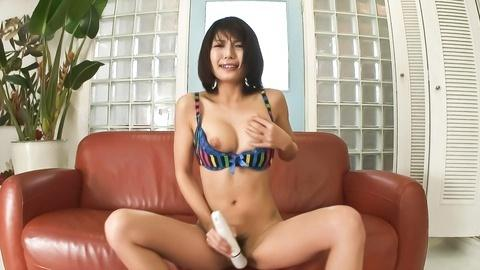 Azumi Harusaki and her vibrator give a naughty little show