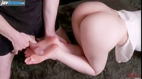 Aya Kisaki with curvy ass footjob by a japanese guy
