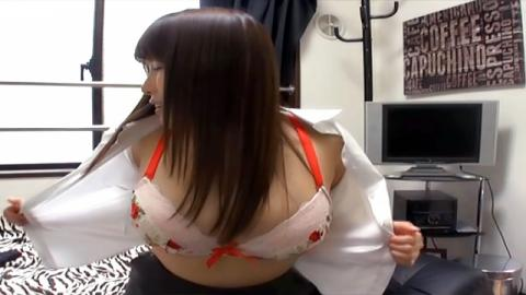 Curvy Asian lady loves to please her man - AllJapanesePass